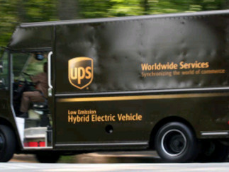 Over 300 iPhones Stolen From UPS Truck