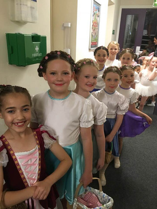 Backstage Snow White