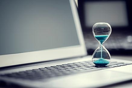 history_hourglass_laptop_shutterstock_10