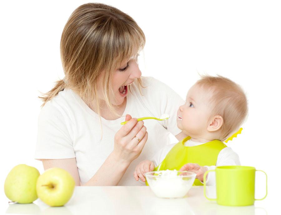 чем кормить ребенка гв