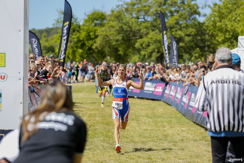 2017mylene-marionneau-1ere-feminine-arrivee-lacanau-tri-events-2017-triathlon-olympique-M