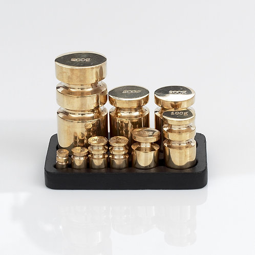 RW392/393 Robert Welch Metric Weights in Solid Brass with Cast Iron tray