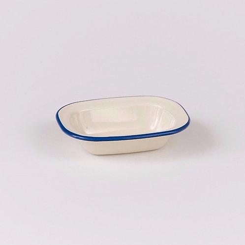 EN231BL Oblong Pie Dish 18cm