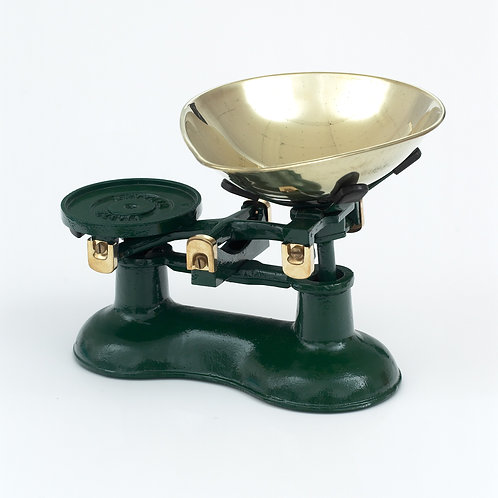 VCW220G Cast Iron Scales Green with Brass fittings