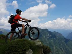 Foto 7_ Uno sguardo dall'Alpe Pizzo