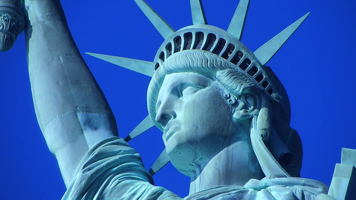 statue-of-liberty-267949_1920_edited.jpg
