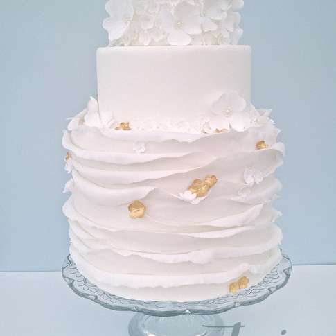 White & Gold Ruffle Blossom wedding cake