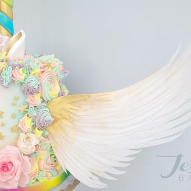 Winged unicorn cake