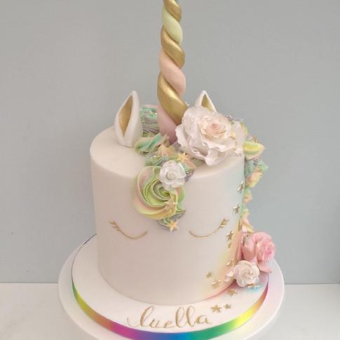 Rainbow Unicorn cake, fondant finish.