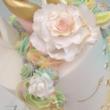 Rainbow Unicorn cake. Fondant Unicorn cakes
