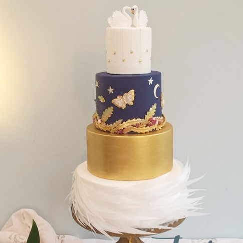 Swan Lake Wedding cake