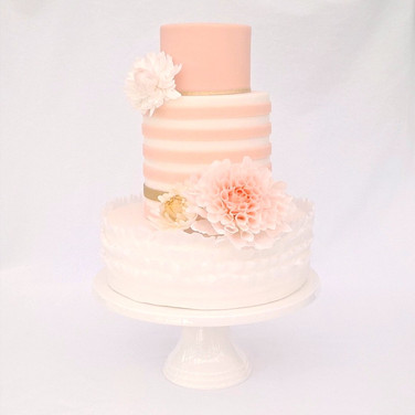 Dahlia stripe Wedding Cake