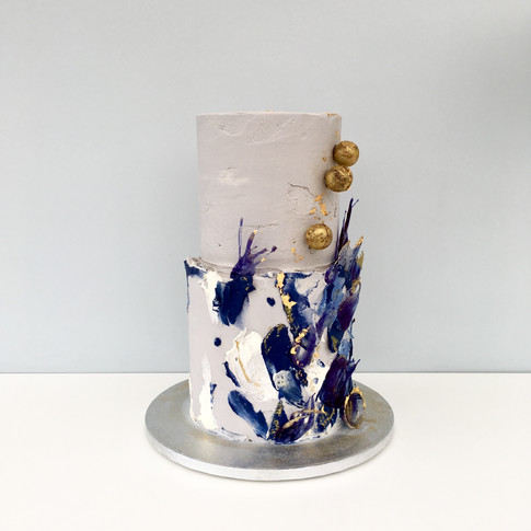 Blue Kinetic cake in buttercream