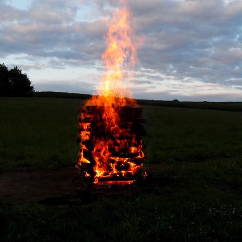 Brennender_Feuerstoß.jpg