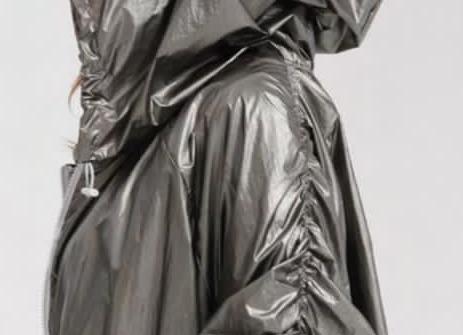 Impermeabile con cappuccio argento VDR