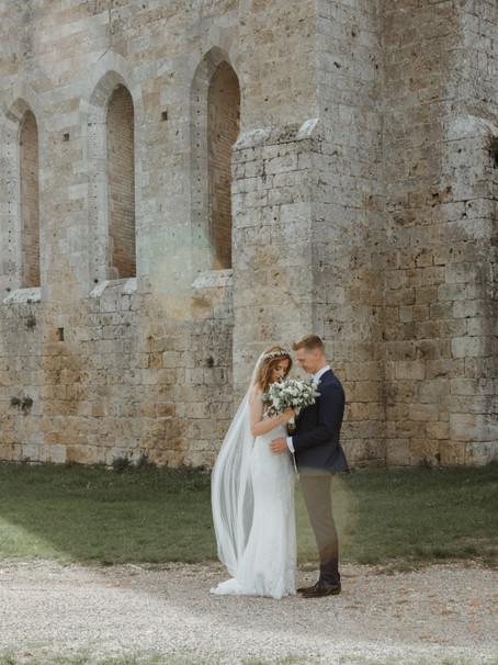 DREAMY & ROMANTIC TUSCANY WEDDING   Esther & Jordan