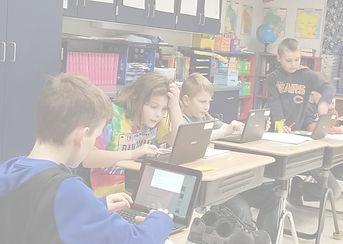 kids%2520working_edited_edited.jpg