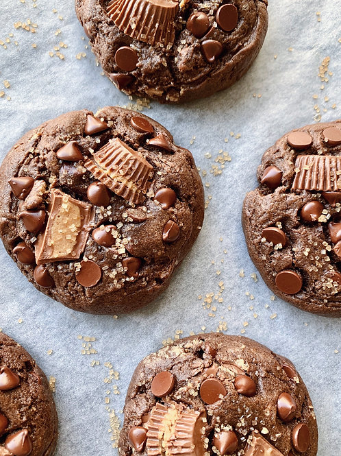 CHOCOLATE PEANUT BUTTER CUP COOKIE
