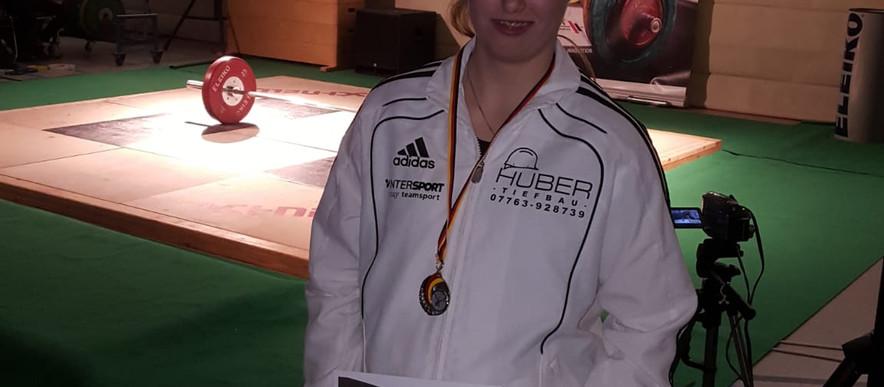 Silber für Leonie Stöcklin bei den DM in Berlin