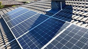 Shaded+solar+panel+reduce+efficiency.jpg