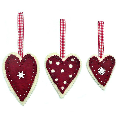 Extraordinarily Merry Felt Hearts Wet Felting kit