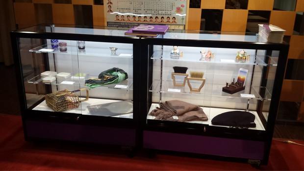 「玉盃 ながれ」が、東京 銀座 「歌舞伎座」にて展示されています。
