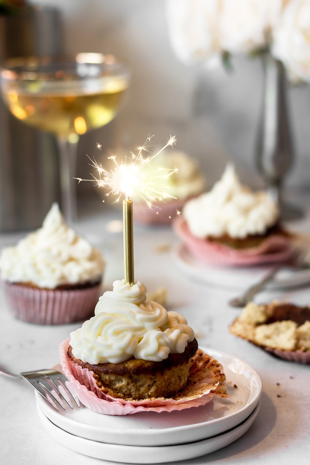 Paleo, Low Carb Champagne Cupcakes - A low FODMAP Dessert | Pretty Delicious Life - Are you as ready for a fresh start to a new year as I am?! What better way to ring in the new year than with these grain free champagne celebration cupcakes?! I sure can't think of one.