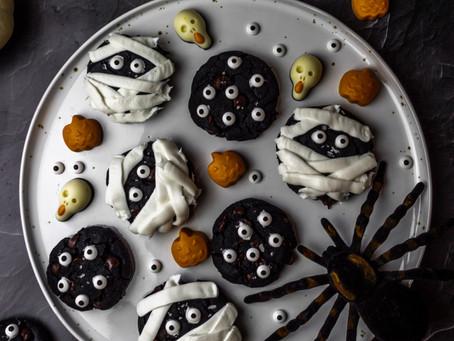 Paleo Double Chocolate Mummy Cookies - A Paleo Dessert