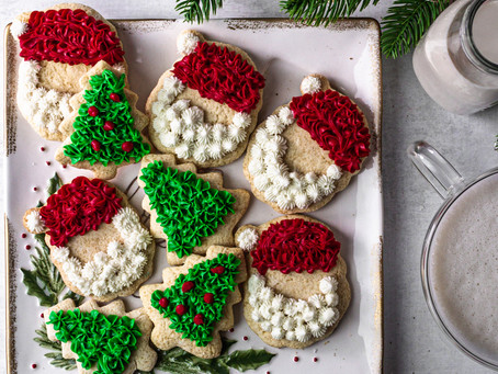 Paleo Christmas Cut Out Cookies - A low FODMAP Dessert | Pretty Delicious Life