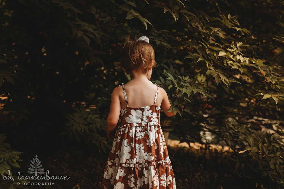 ChildrensPortraitsInThePark_OhTannenbaum