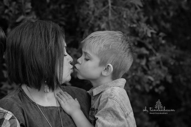 kisses for mom