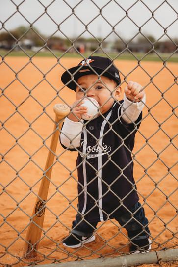 BaseballBirthdayShoot_OhTannenbaumPhotos