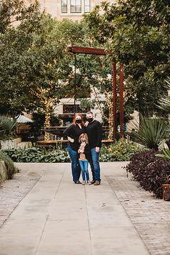 FamilyPhotos2020_OhTannenbaumPhotos.jpg