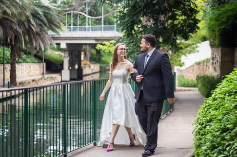 Wedding on River Walk_Oh Tannenbaum Phot