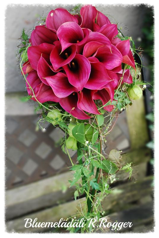 Brautstrauss mit pinken Callas