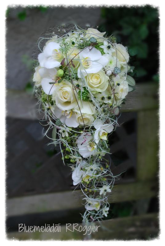 romantischer Tropfen-Brautstrauss
