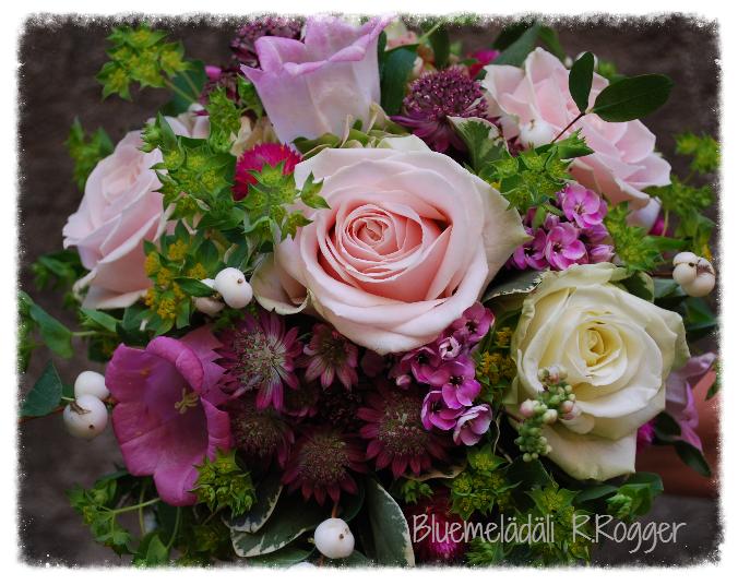 gemischter Brautstrauss in rosa