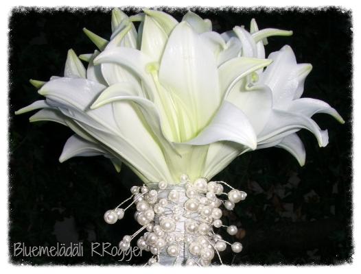Brautstrauss mit Lilien