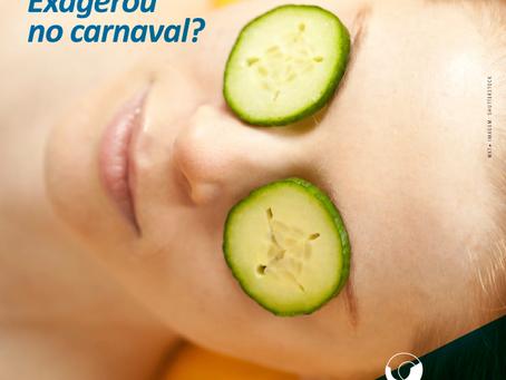 Olheiras. Exagerou no carnaval?