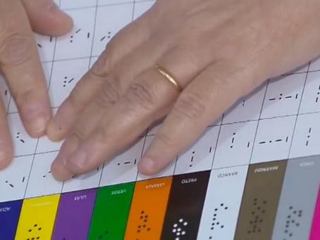 Pesquisadora cria linguagem tátil que facilita identificação das cores para pessoas cegas