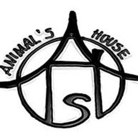 ANIMAL'S HOUSE + MO STREET LEGEND