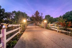 7060 Via Mariposa Sur Bonsall-large-002-37-Entrance Gate-1499x1000-72dpi (003)