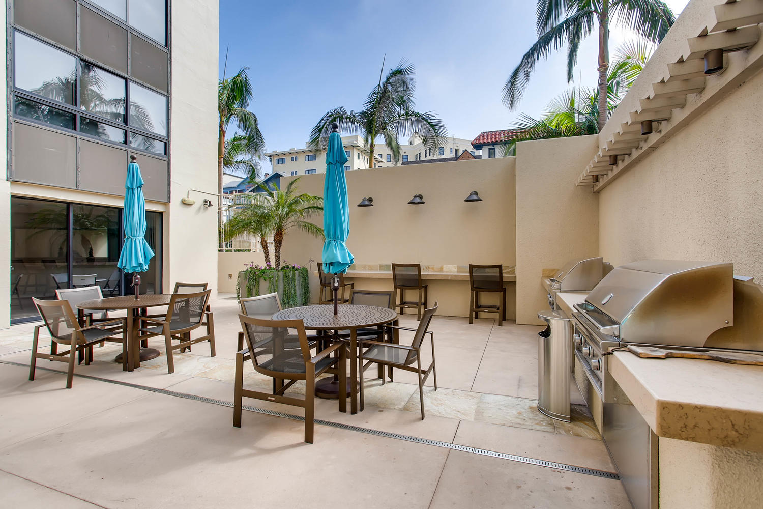 939 Coast Blvd Unit DE21 La-large-042-24