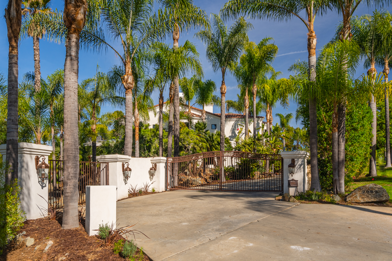 001_7080 Rancho La Cima Dr_20191211