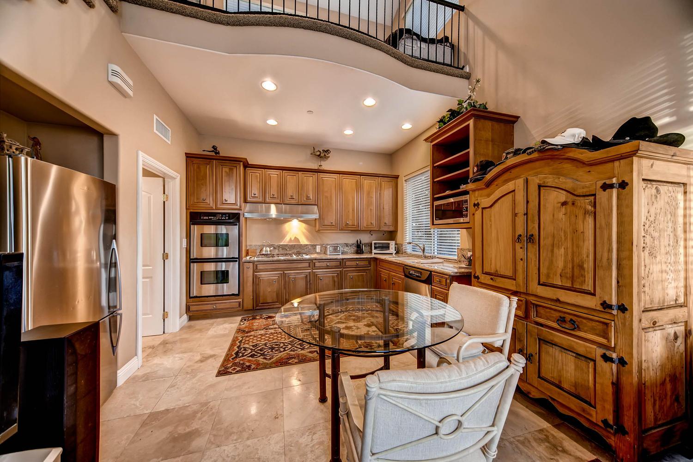 7060 Via Mariposa Sur Bonsall-large-025-20-Guest House Kitchen-1500x1000-72dpi