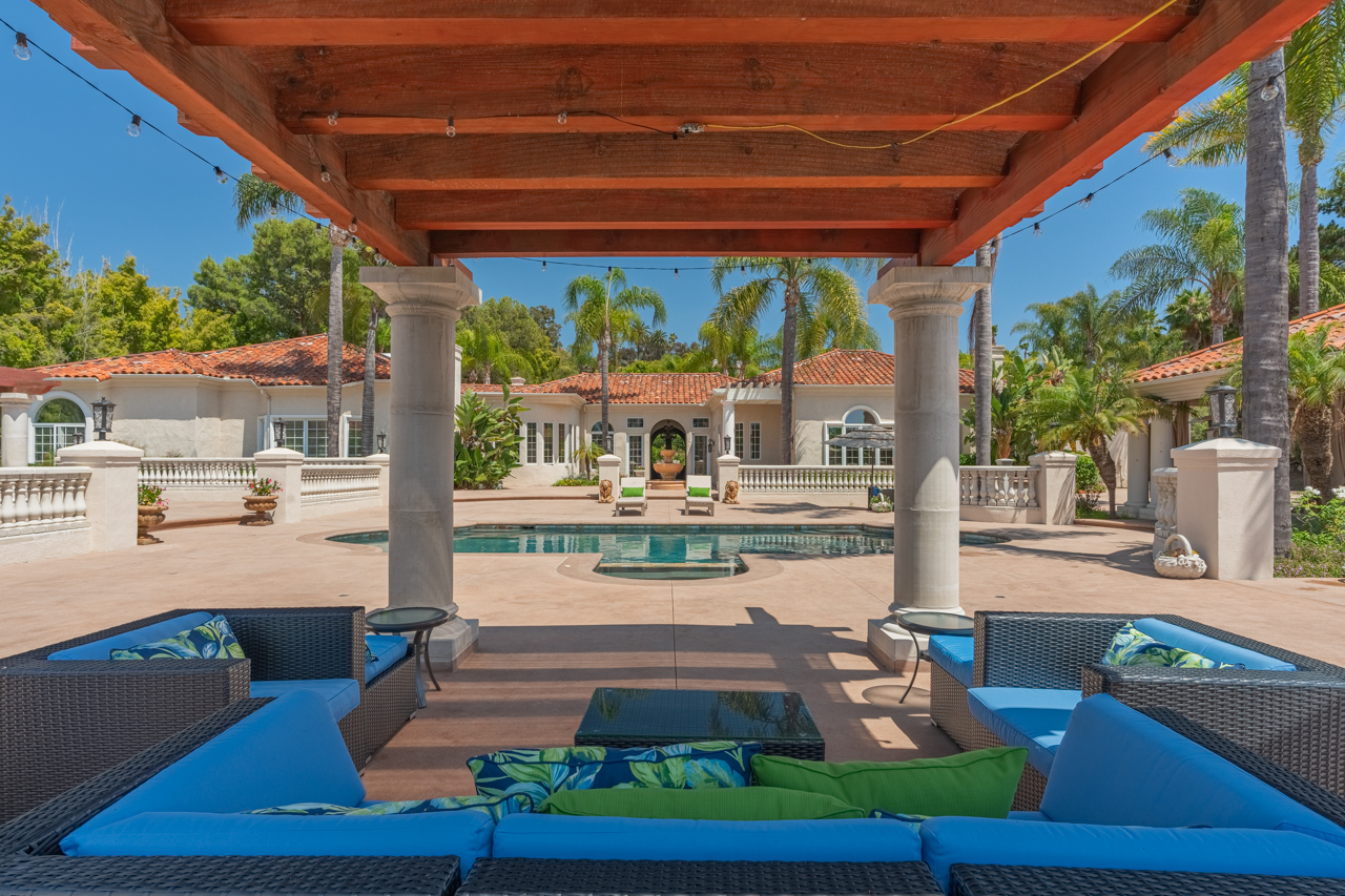 $3,495,000 Rancho Santa Fe