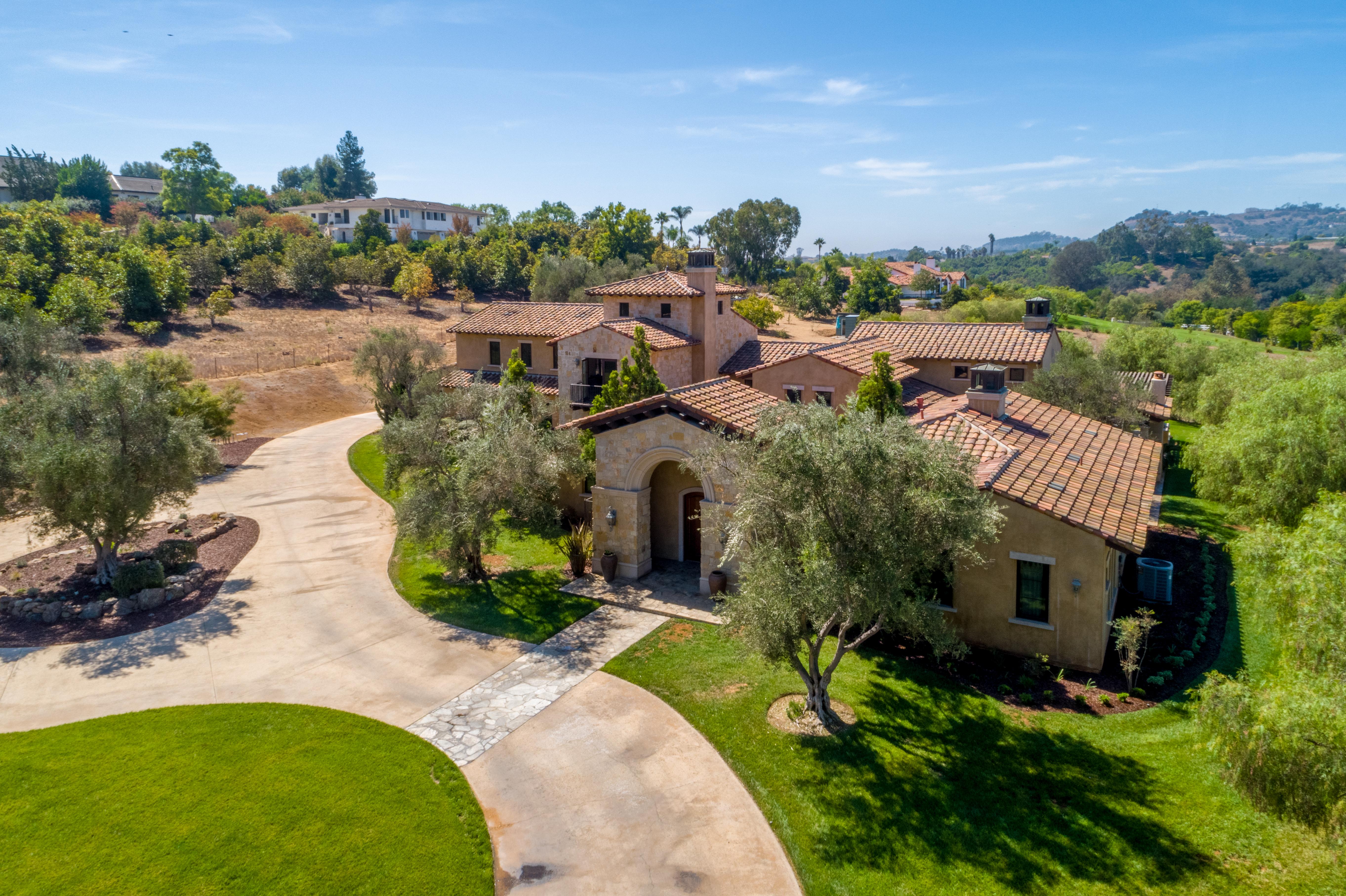 $2,895,000 Fallbrook, CA