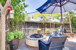 Cornerlot home in Bressi Ranch-large-017