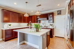 Cornerlot home in Bressi Ranch-large-005