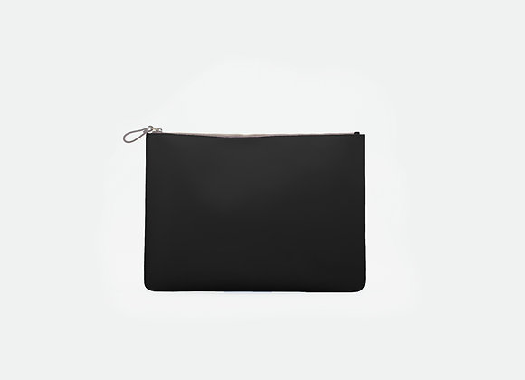 Pouches Somber Black